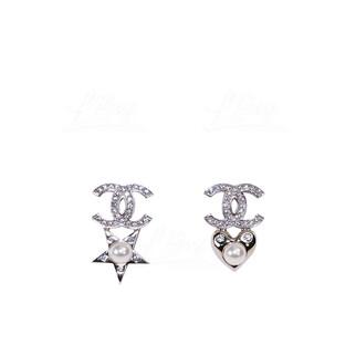 Chanel 星心耳環